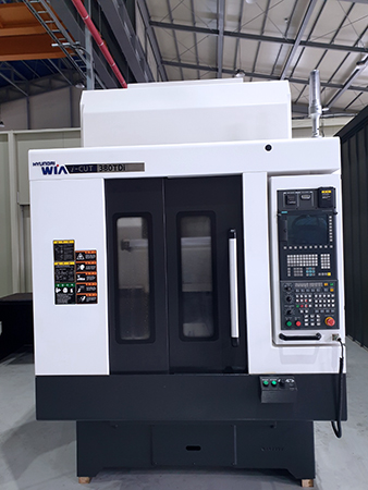 Used Vertical Machining Center Hyundai WIA i-CUT380TDi 2014