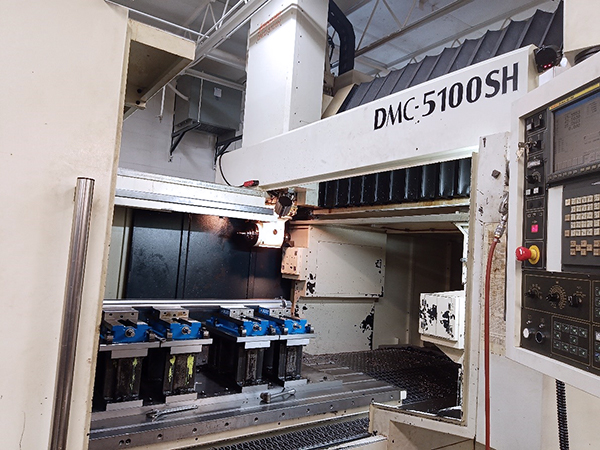 Used Vertical Milling Machine Johnford DMC-5100 2010