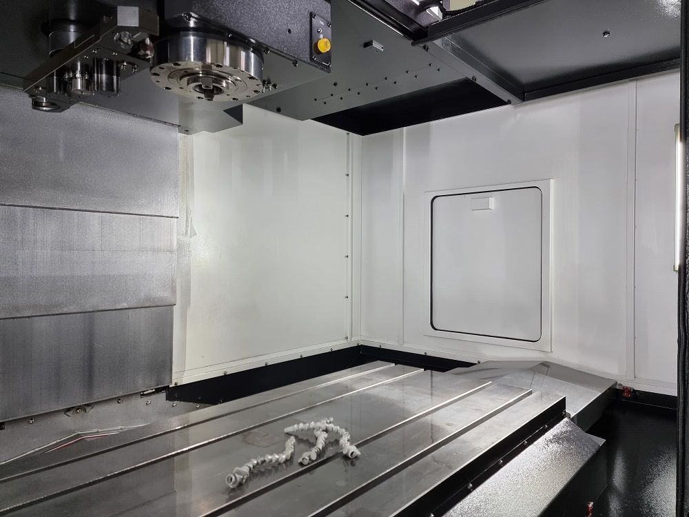 Used Vertical Machining Center Hyundai WIA KF6700B/50 2020
