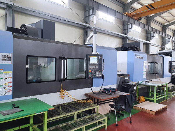 Used Vertical Machining Center Doosan DNM750LII 2017