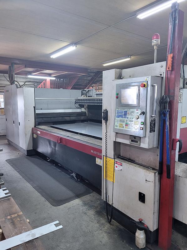 Used Laser Cutting Machine Mitsubishi ML3015LVPlus II 45CF-R 2011