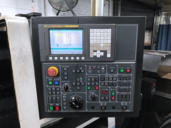 Used CNC Lathe Doosan Lynx 300M 2011