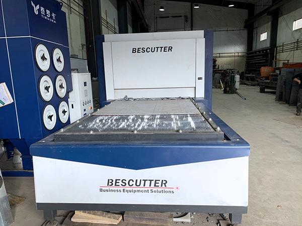 Used Fiber Laser Cutting Machine  BESCUTTER Titan-8000 IPG 2019