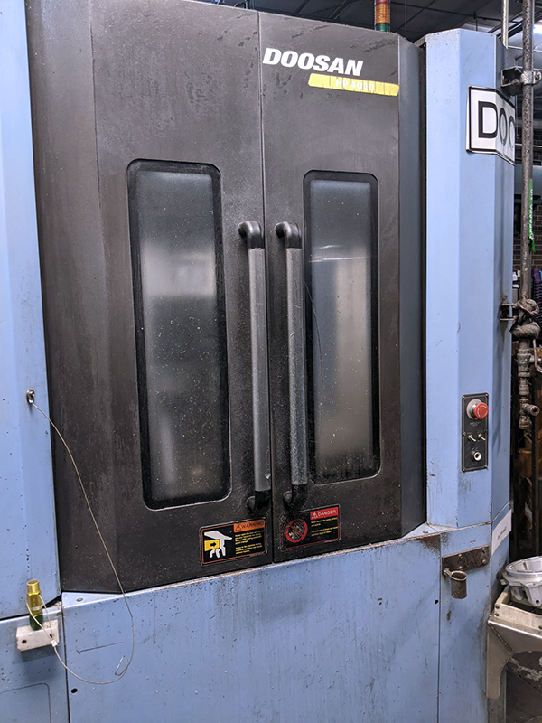 Used Horizontal Machining Center Doosan HP-4000 2007