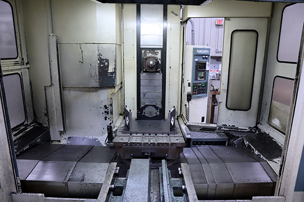 Used Horizontal Machining Center Niigata HN-80C 1993