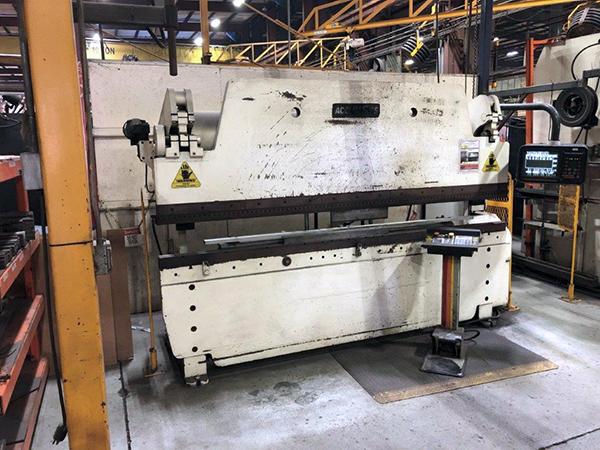 Used Hydraulic Press Brake Accurpress 100 ton x 10 ft 1996