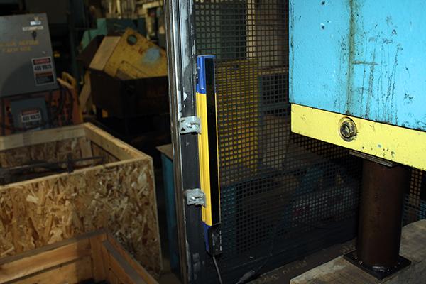 Used Hydraulic Press Brake D&K 300-F10 1974