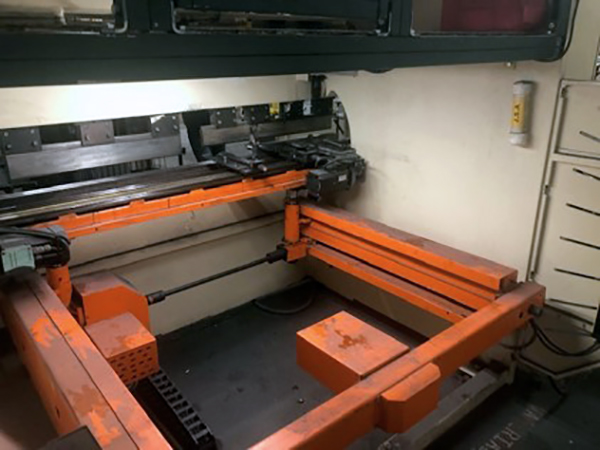 Used Hydraulic Press Brake Ermak CNCAP 8X132 2007