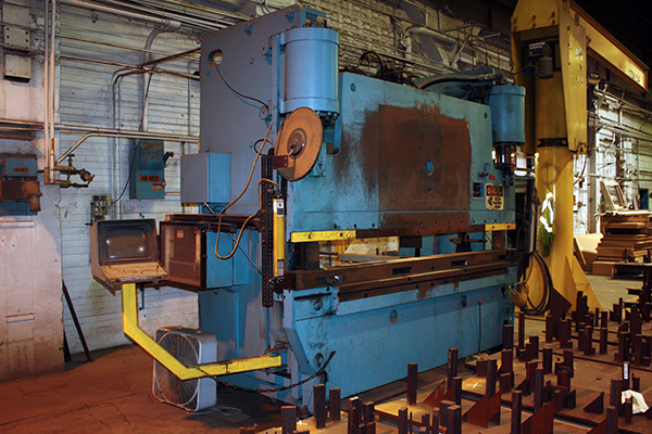 Used Hydraulic Press Brake Niagara HBM175-8-10 1988