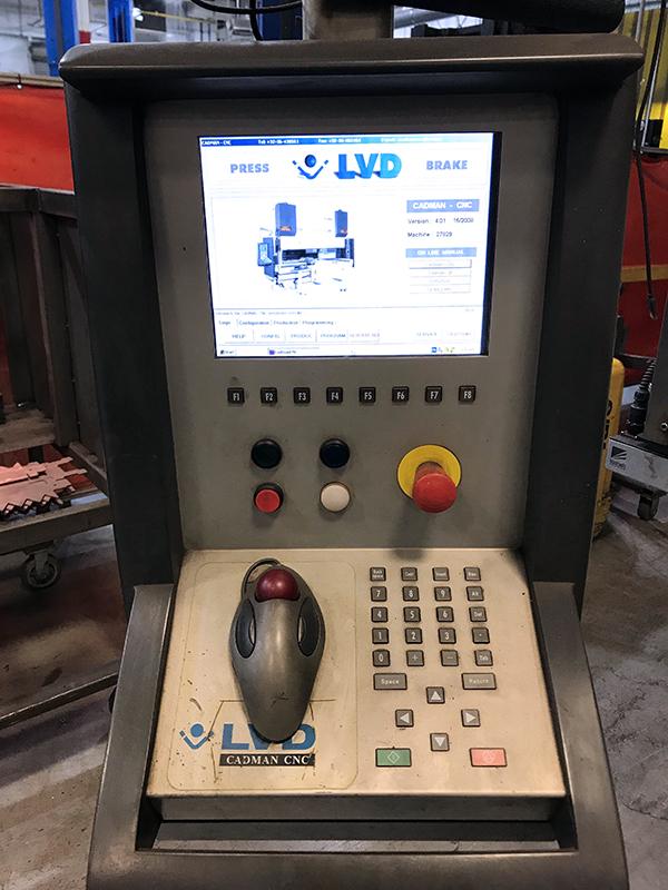 Used Hydraulic Press Brake Strippit / LVD PPEB 170 2001