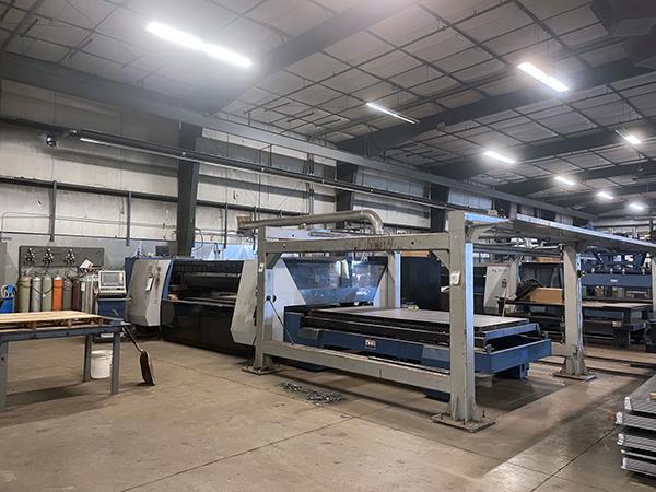 Used Laser Cutting Machine HK FL-3015 2012