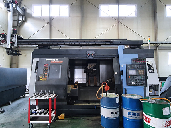 Used Multi Axis CNC Turning Center Doosan MX2500LST-GL 2007