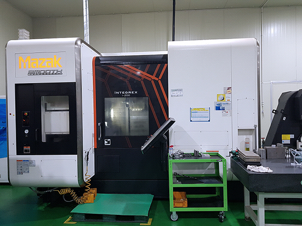 Used Multi Axis CNC Turning Center Mazak Integrex i-200 2016