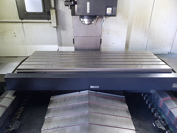 Used Vertical Machining Center Doosan DNM750L/50II 2018