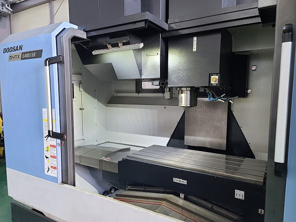 Used Vertical Machining Center Doosan Mynx 5400/50 2017