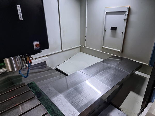 Used Vertical Machining Center Doosan Mynx 7500/50 2012