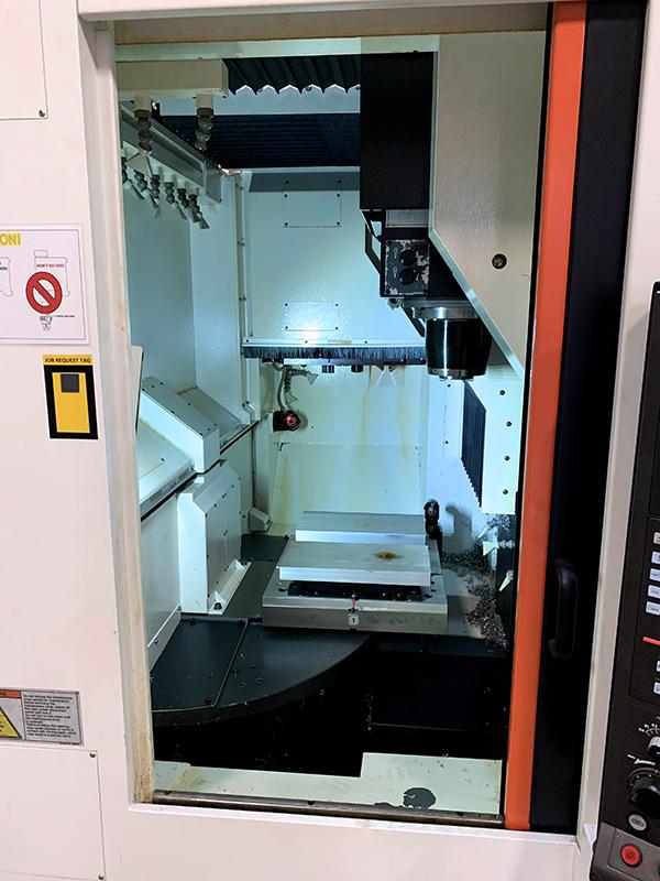 Used Vertical Machining Center Mazak VCU-500A/2PC 2015