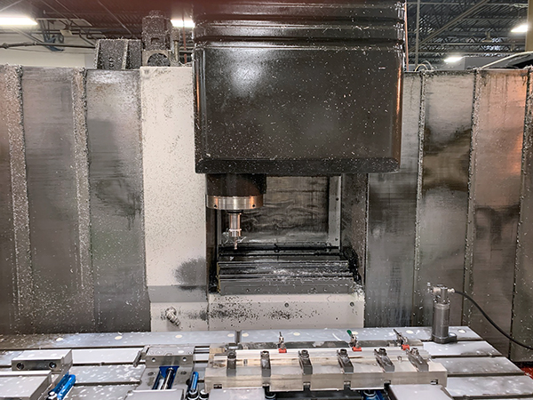 Used Vertical Machining Center Mazak VTC-300C 2006
