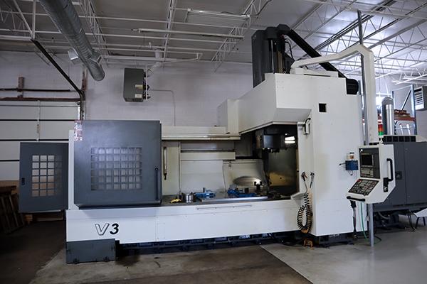 Used Vertical Milling Machine YCM DCV-3016B 2012
