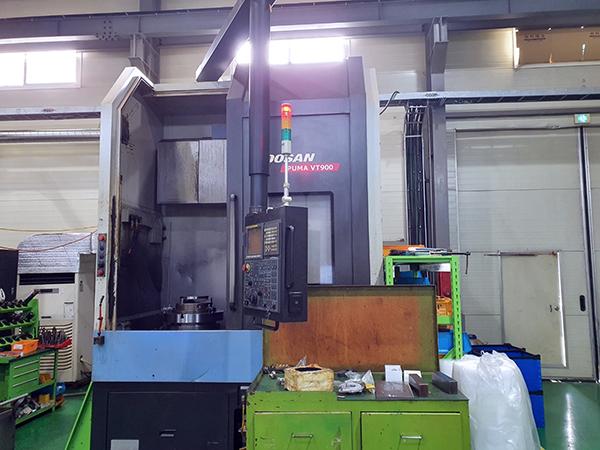 Used Vertical Turret Lathe Doosan Puma VT900 2011