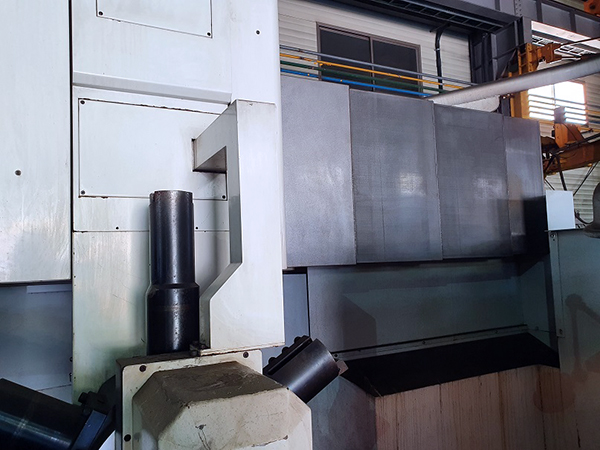 Used Vertical Turret Lathe S&T ST-16/22VM 2011